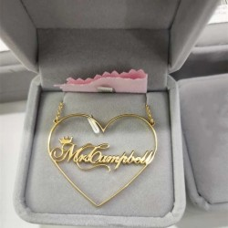 Name necklace in heart to...